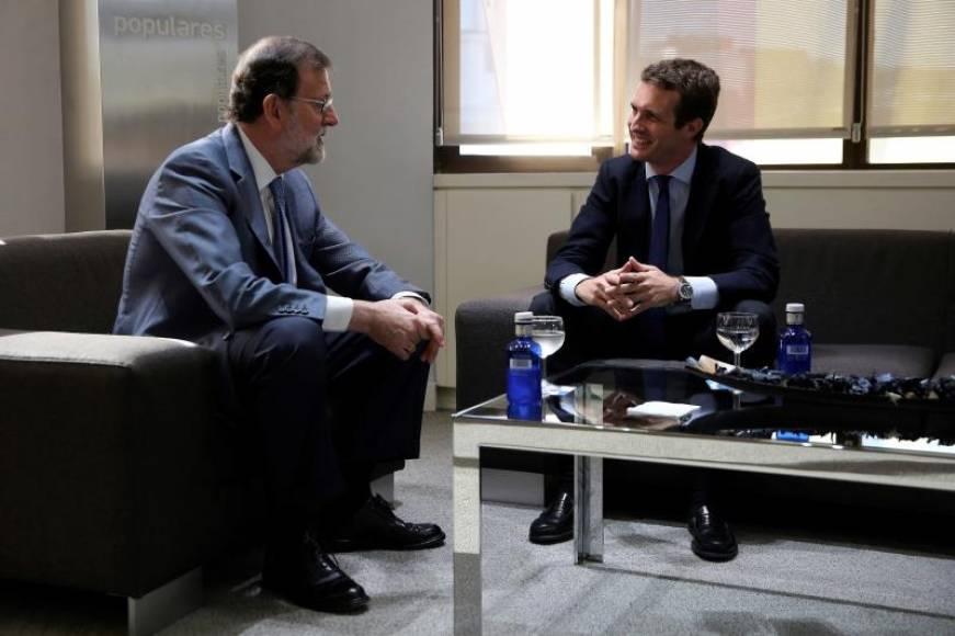 """El nuevo presidente del PP: """"Gracias, Mariano Rajoy. Te debemos mucho"""""""