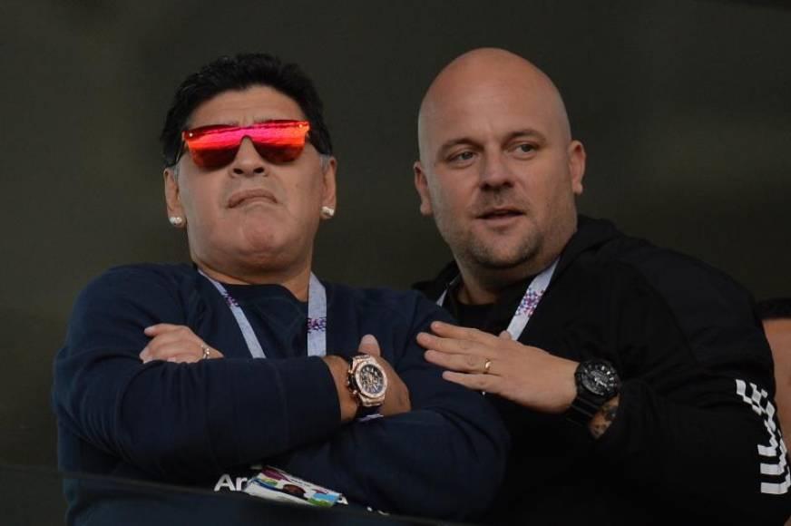 """Maradona: Colombia es víctima de """"un robo monumental"""" ante Inglaterra, """"se inventó un penalti"""""""