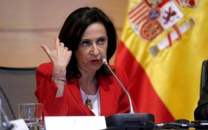 """El Gobierno de Sánchez impondrá un """"pantalón de uso común"""" porque la falda es machista"""