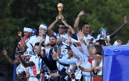 """La Copa del Mundo 2018 y """"les Bleus"""" (los azules) ya están en Francia"""