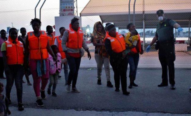 Rescatados 338 inmigrantes en las costas españolas