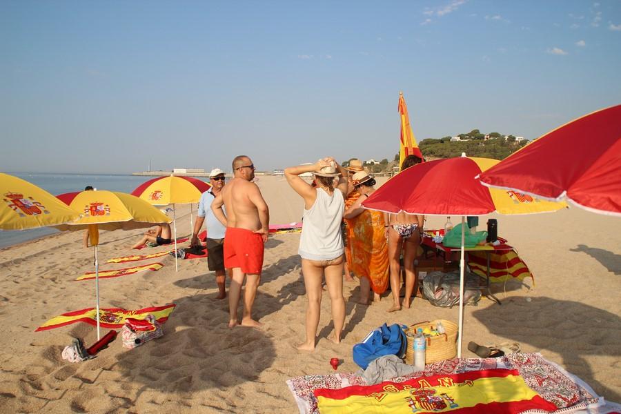 Convocan plantada de sombrillas el 11-A en la Playa del Remolar (Prat de Llobregat) Barcelona