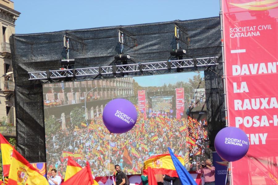 Agreden físicamente al español Oriol Casanovas, ataque propio de regímenes totalitarios