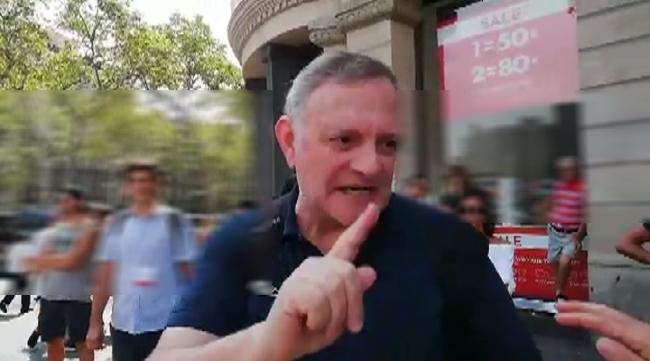 """Fascista amenaza con hacer """"llorar a todas las españolas"""" en Cataluña"""
