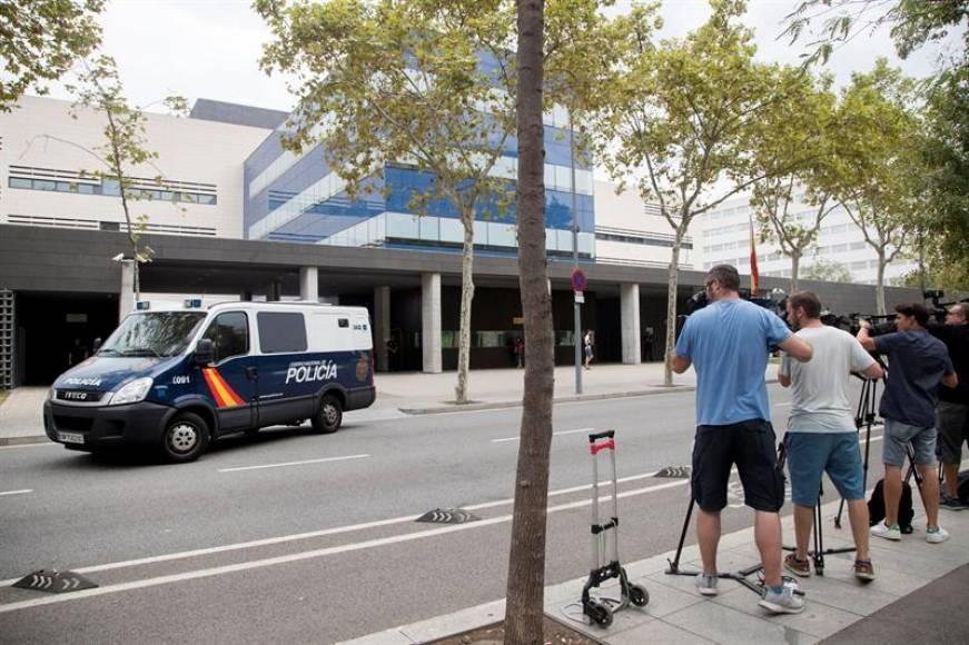 Policía Nacional detiene al agresor de la española ante pasividad de los Mozos