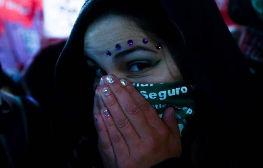 Argentina rechaza legalizar el aborto