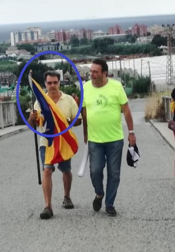 Facilitan imágenes del Mozo separatista que organiza el acoso a españolas y españoles