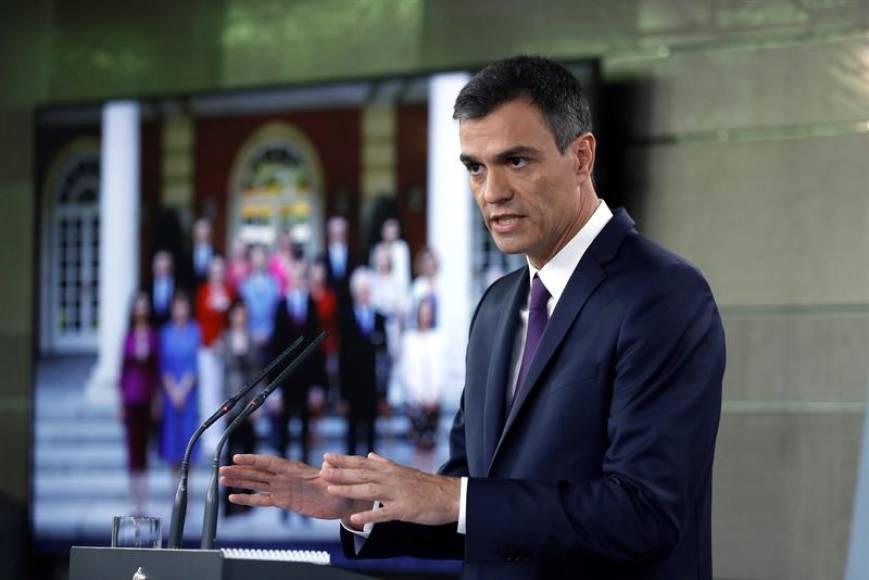 """Sánchez: """"Hoy los españoles se reconocen"""" en mi """"Gobierno"""""""