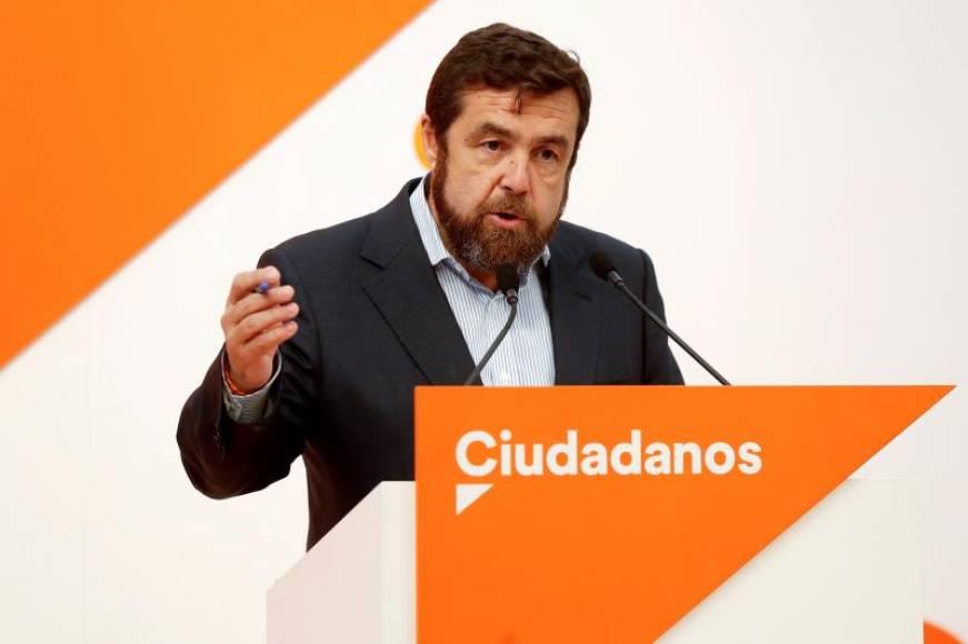 """Cs pide que se juzgue a Pablo Casado en un """"tribunal normal como sus compañeros"""" del máster"""