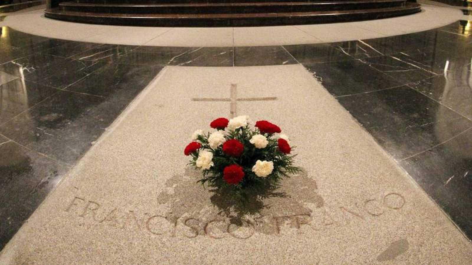 """Los nietos de Franco: No permitiremos """"jamás"""" la exhumación de nuestro abuelo"""