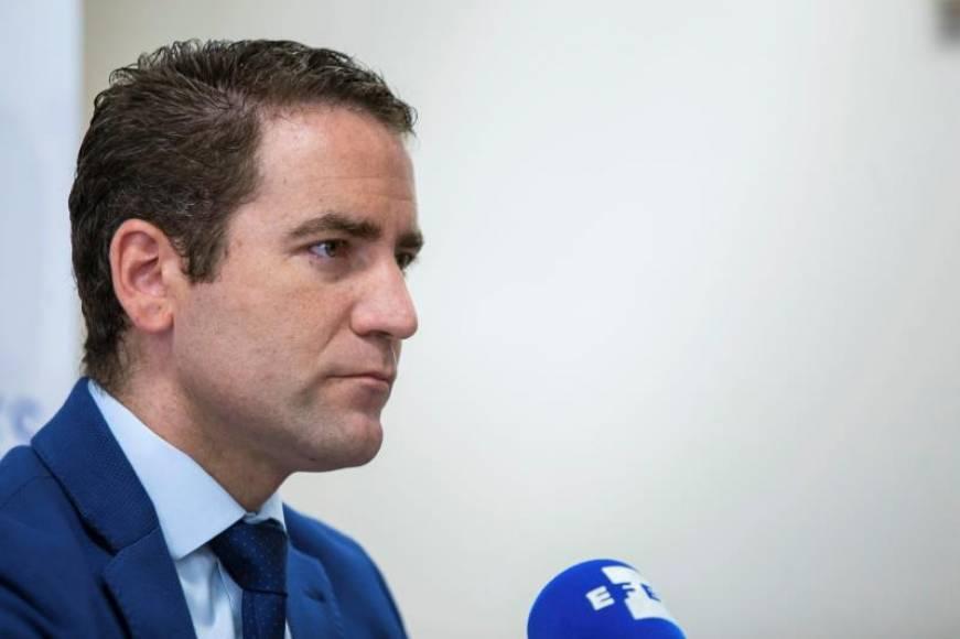 """Secretario General del PP: """"Me apunto a quitar lazos amarillos"""" en Cataluña"""