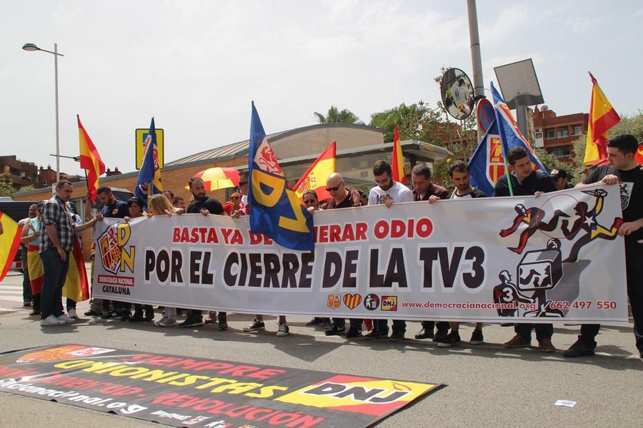 """De Haro denuncia """"mentiras"""" de la """"rata traidora de Jordi Borrás, un filoetarra"""" separatista"""