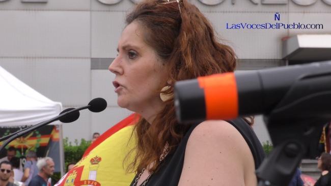 Madre perseguida: «Jamás permitiremos que el independentismo nos amedrente»