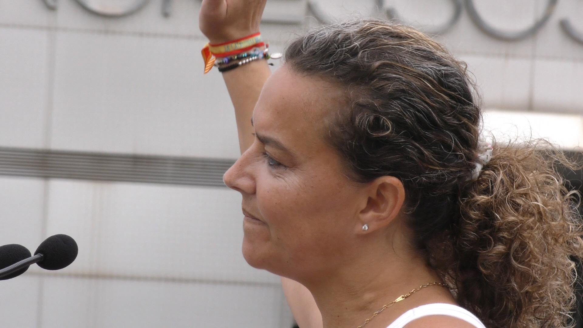 Una española desde Cataluña a Sánchez: «Basta ya» con terroristas e independentistas