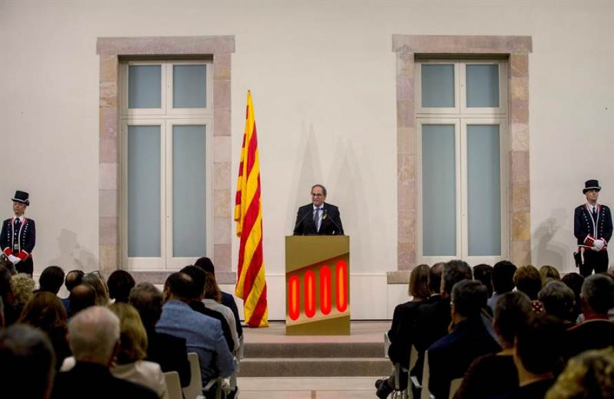 """Torra, con un """"Viva Cataluña libre"""", llama al independentismo a """"resistir"""" hasta la """"república"""""""