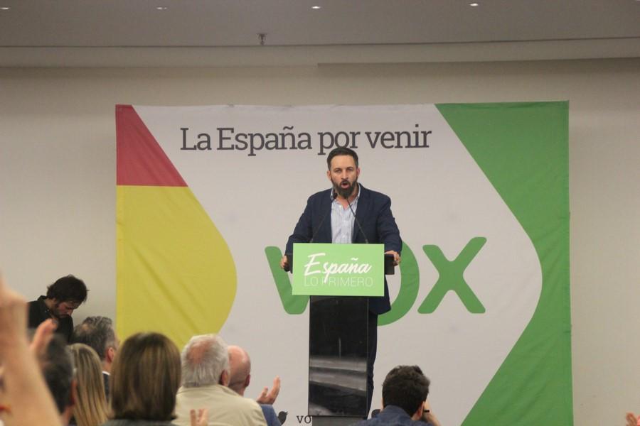 """Ciudadanos Cs busca el apoyo del PSOE a cambio de """"no levantar las alfombras"""" en Andalucía"""