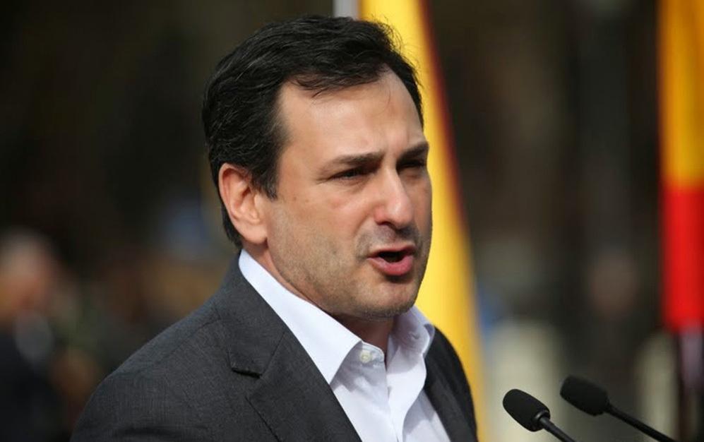 """Dimite Manuel Canduela, líder de Democracia Nacional, por motivos """"personales"""""""