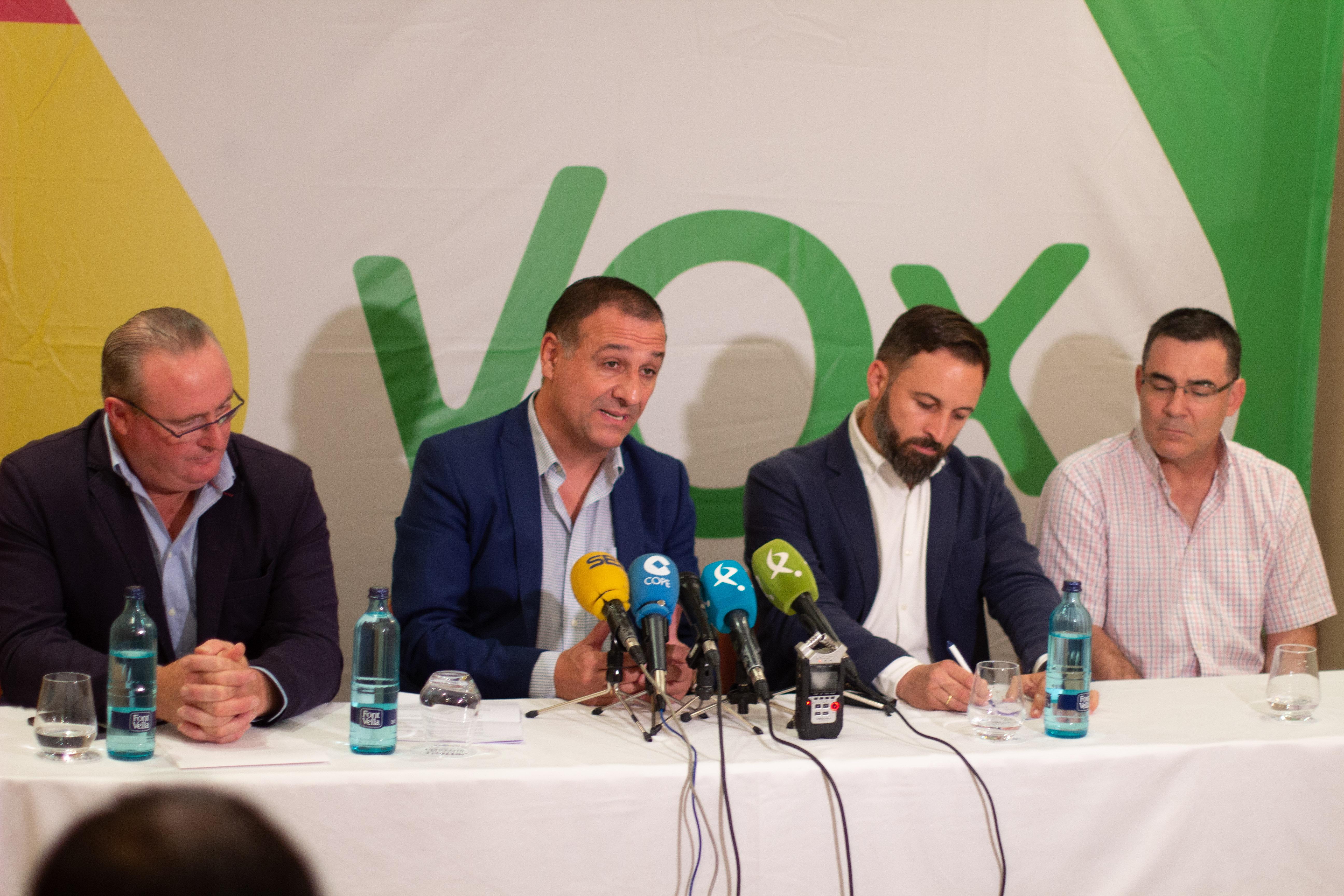 Un Secretario General y un alcalde abandonan el PP y se incorporan a VOX