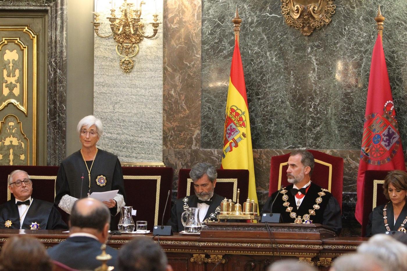 """La fiscal general: En España """"no hay presos políticos"""""""