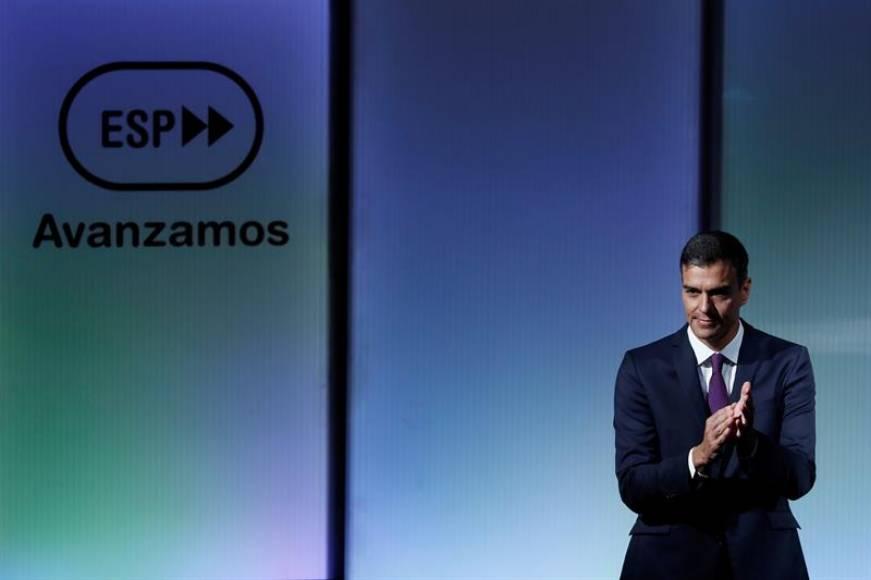 Sánchez propone una reforma de la Constitución