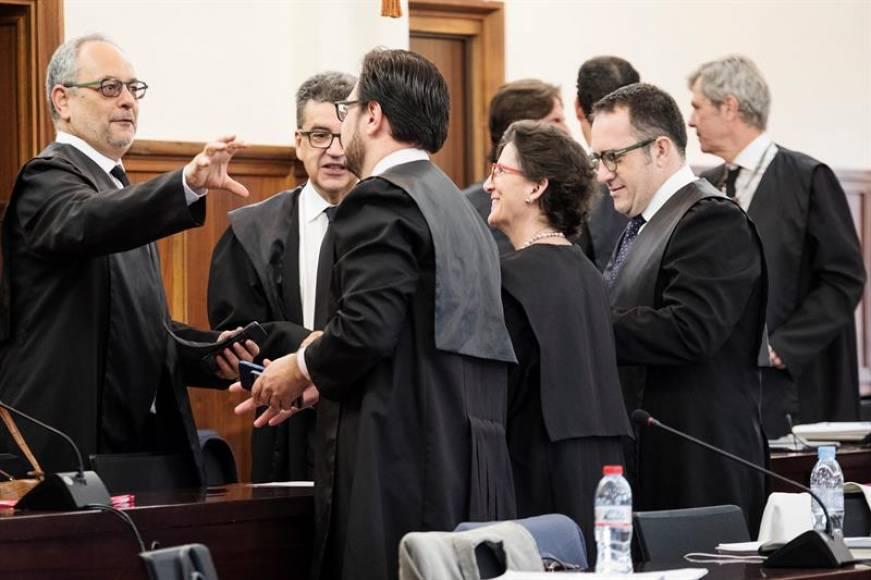 Recta final del juicio contra 22 cargos del PSOE por ERES falsos en Andalucía
