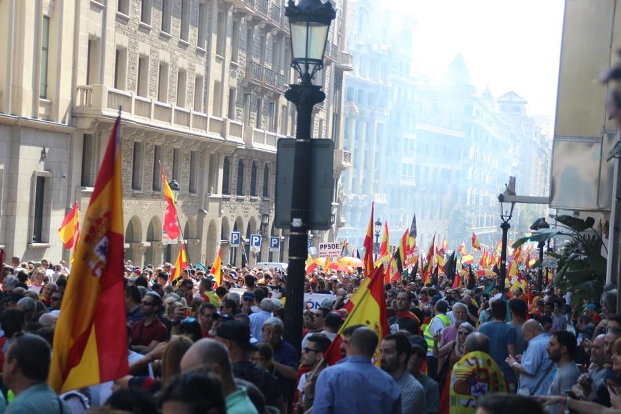 Más de 100 mil catalanes y Jusapol homenajean a Policías del 1-O y exigen «Equiparación»