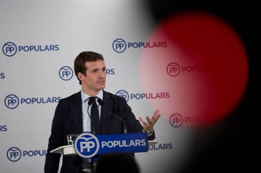 Casado pide votar al PP frente a Cs y VOX para volver al poder