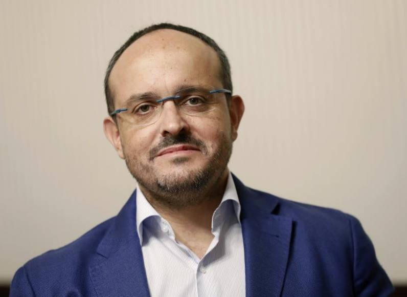 Alejandro Fernández será el sucesor de Albiol al frente del PP Cataluña