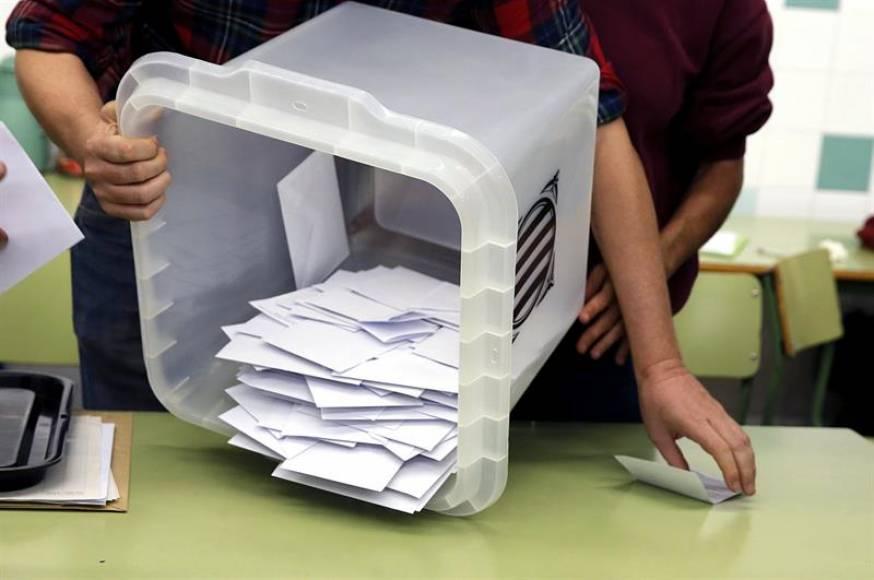 El fiscal pide prisión para los 5 miembros de «Sindicatura Electoral» del 1-O
