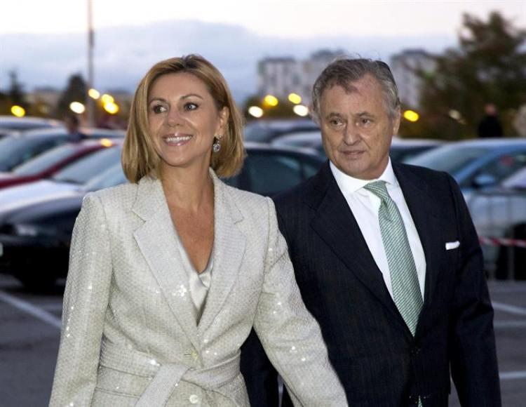 """Comisario Villarejo al marido de Cospedal: En el lápiz USB """"hay mucha chicha; a romperlo"""" ya"""