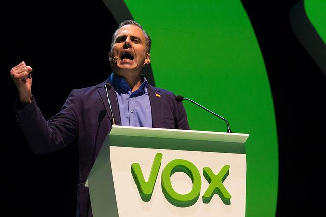 Una independnetista, enemorada del secretario general de VOX