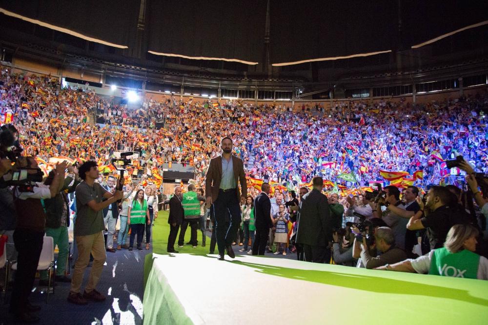 VOX ante 113 mil persones (redes y Vistalegre): «Amas a España» y te tachan de «facha»