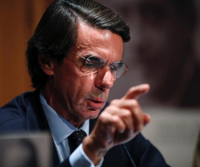 """Aznar: """"El PSOE ya no es un partido constitucionalista"""" apoya a """"separatistas y antisistema"""""""