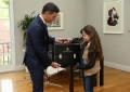 """Sánchez hace """"esa niña"""" de 9 años, nueva presidenta de Gobierno de España"""