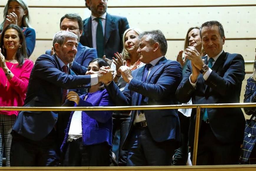 Aprobado el Estatuto de Canarias con votos de independentistas, PSOE y PP