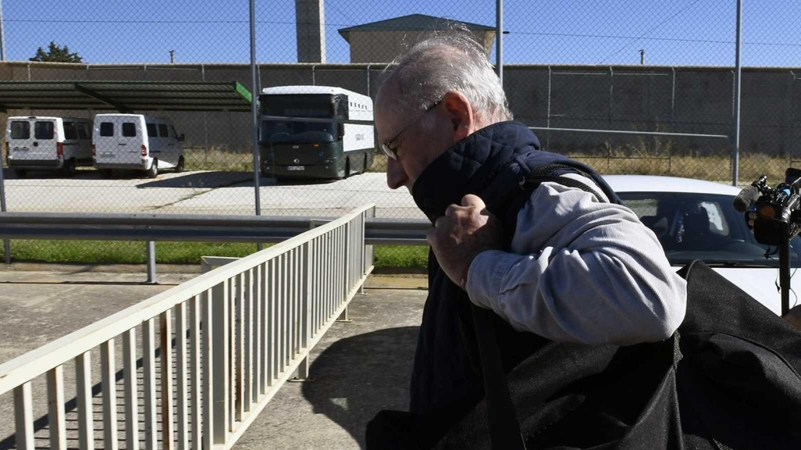 Rodrigo Rato en prisión, condenado a más de 4 años por apropiación indebida en Bankia