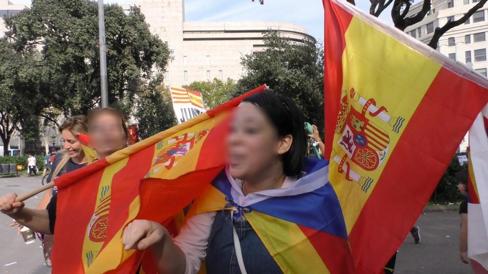 """Una independentista: """"Que las españolas se vayan a Madrid hacer su fiesta del 12-O"""""""