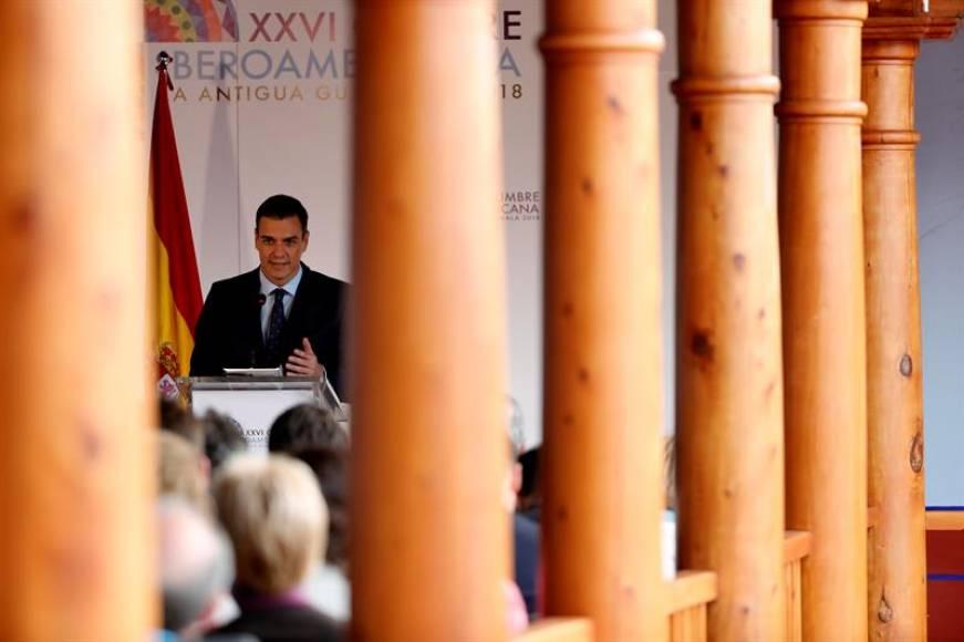 """Sánchez: """"No vamos a marear a los españoles"""", gobernaré con los """"presupuestos"""" de Rajoy"""