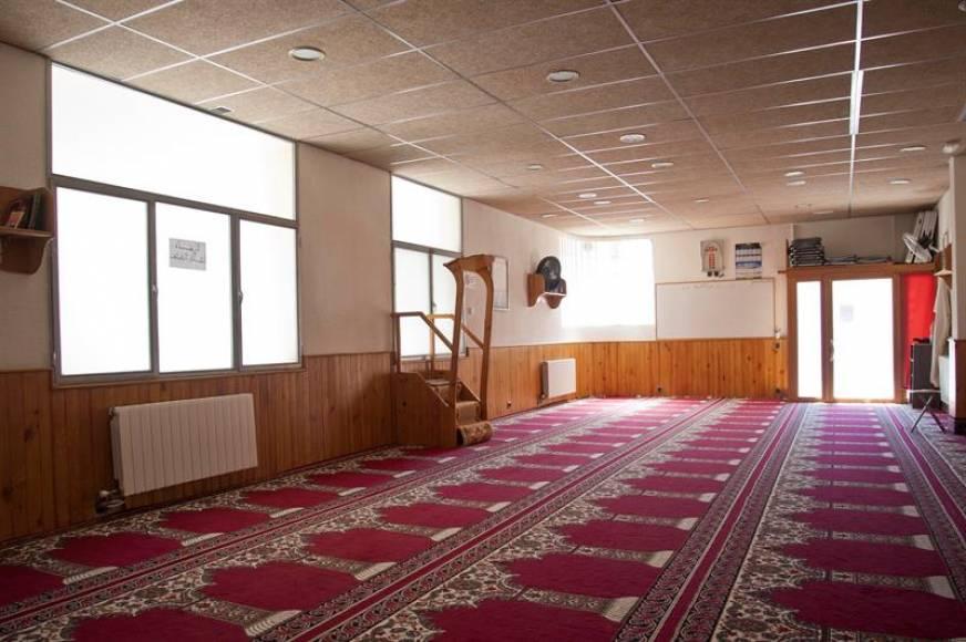 El secretario de la mezquita de Ripoll fichó al ideólogo de los atentados de Cataluña