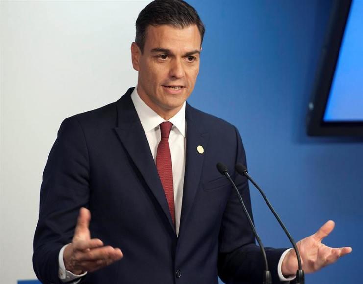 Sánchez tramitará la reforma de la Constitución