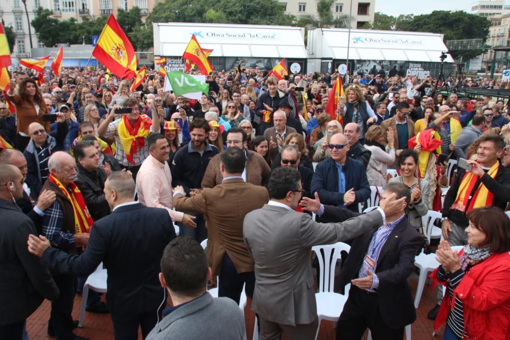 Más de 3.500 personas desbordan Pl. de la Marina en el primer mitín de VOX en Málaga