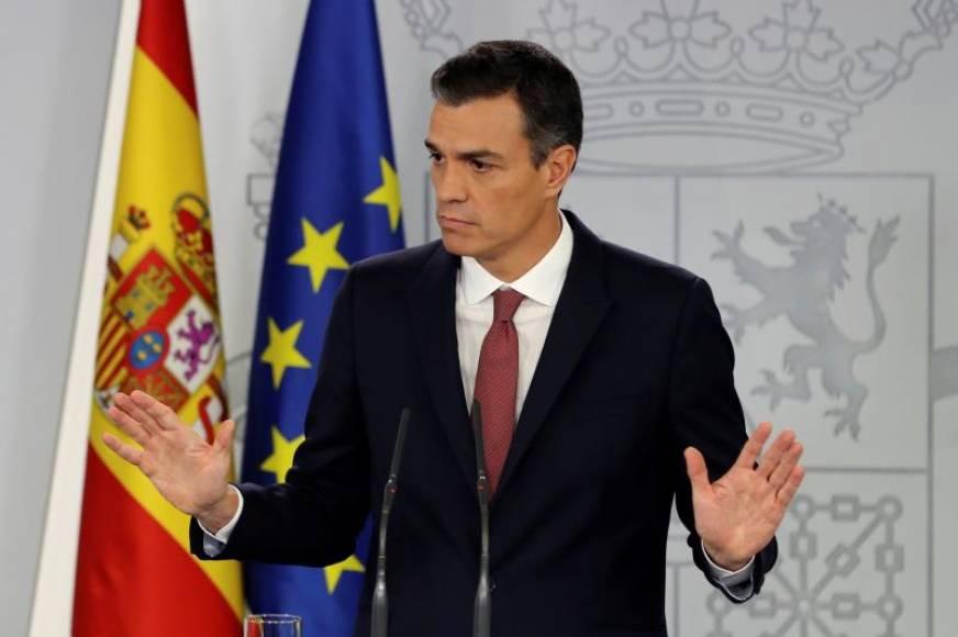 """Sánchez prohibirá Franco en la Catedral de La Almudena por """"amenazas terroristas"""""""