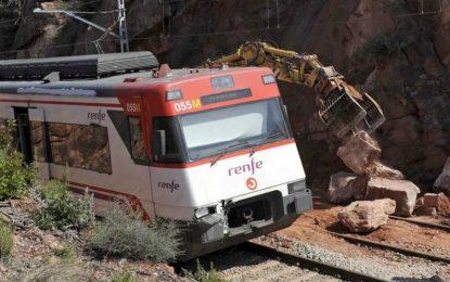 Un muerto al descarrilar un tren en Vacarisas, comarca del Vallés Ocidental (Barcelona)