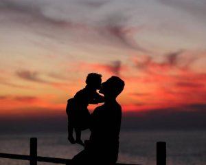 """""""La edad del padre también contribuye a la salud del bebé"""""""