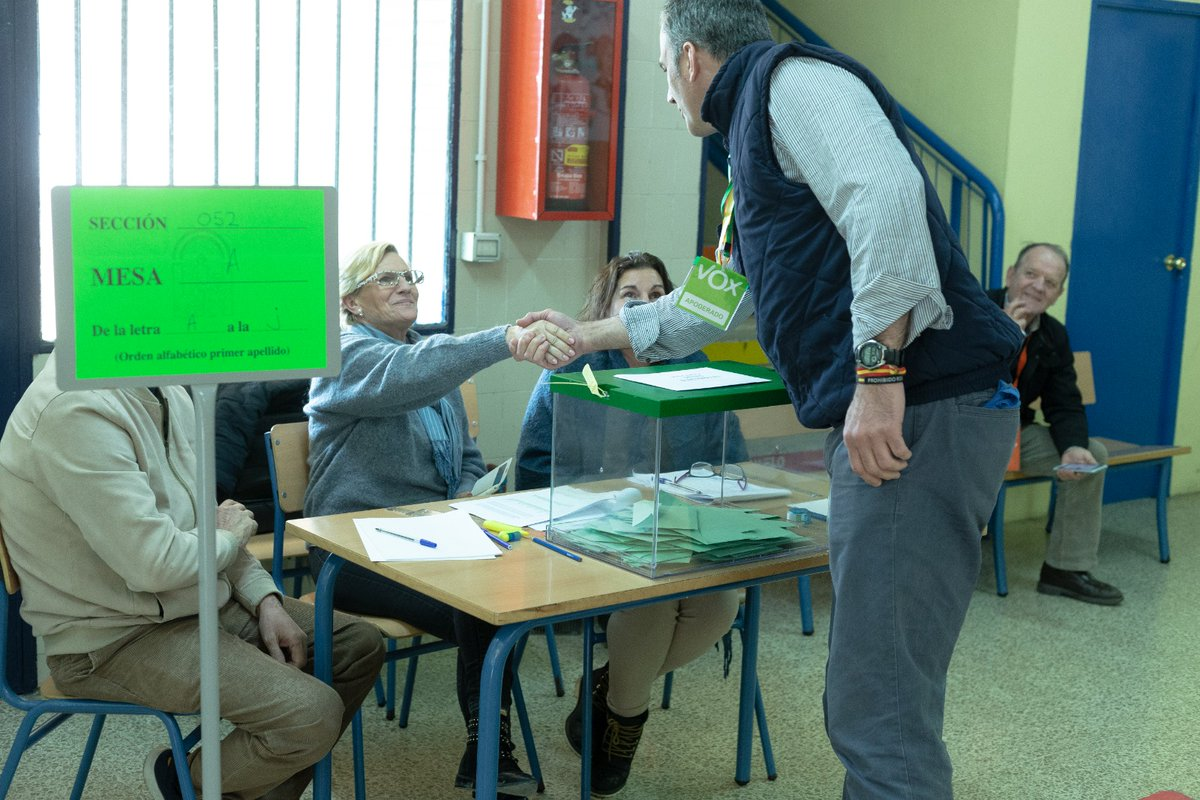 El Gobierno de Andalucía retrasa los resultados de las elecciones a las 22:15 horas