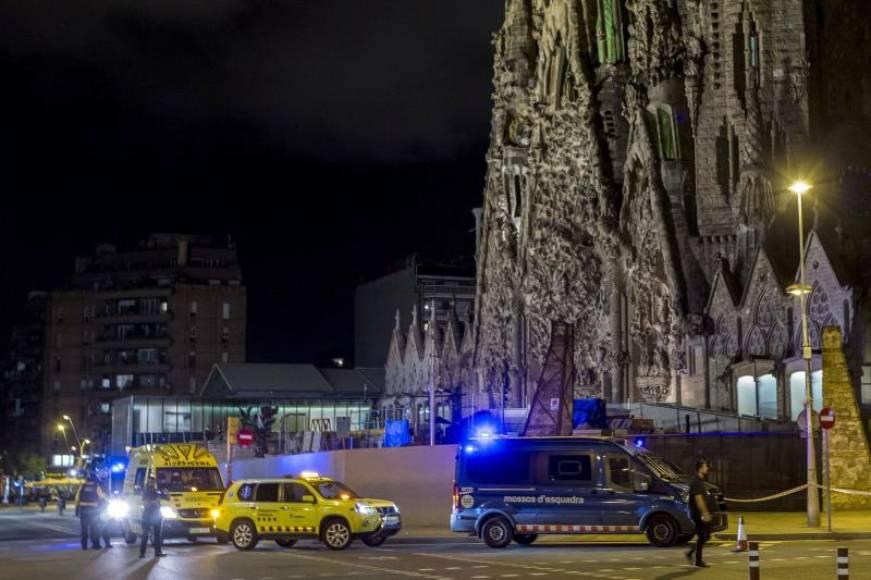 Los Mozos detienen a un francés con cargadores de pistola en la 'Sagrada Familia' (Cataluña)