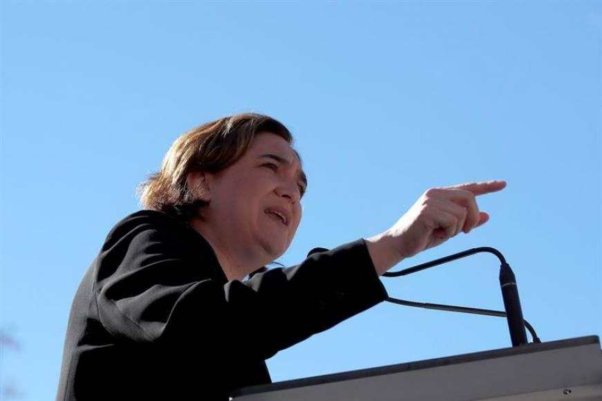 """Colau apoya la huelga de Hambre independentista y """"dispuesta"""" a luchar contra España"""