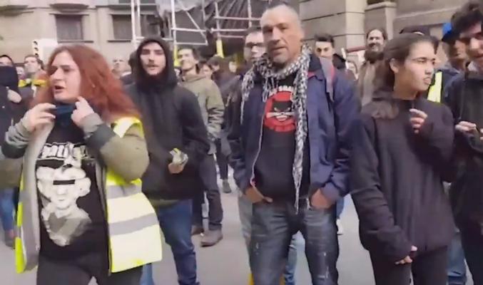 Independentistas increpan e insultan a la periodista española Raquel en Cataluña