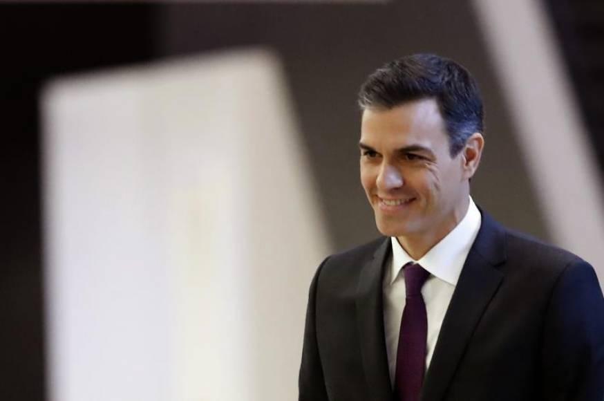 """Sánchez: """"Los resultados en Andalucía refuerzan mi compromiso de defender la Constitución"""""""