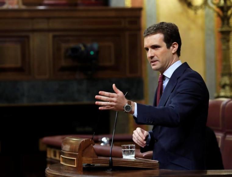 """Casado acusa a Sánchez de """"cómplice del golpe de estado"""" independentista en Cataluña"""